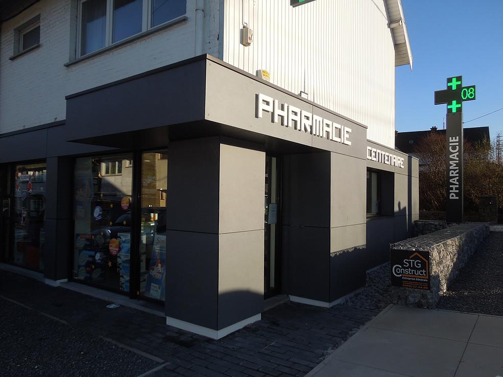 Projets archive green architecture design for Pharmacie de garde salon